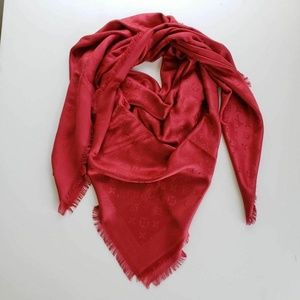 Louis Vuitton Pomme d' Amour Red Scarf Shawl